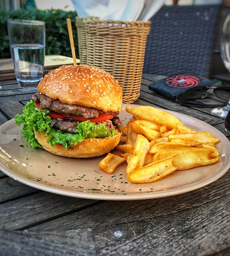 Double Burger - Jelen Pub Debela Berta